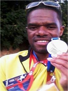 Ramirez Rivers lid van de recordlopende Cikoploeg tijdens het NK Estafette in Amstelveen én de Nederlandse ploeg tijdens de Masters in Lyon. Daarnaast wint hij een aantal individuele nederlandse titels op de 200m en 400m