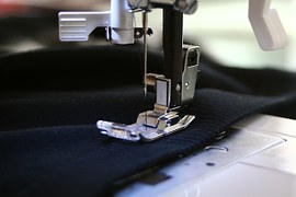 sewing-machine-262454__180