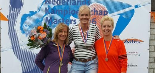 NK Masters goud discus Karin Nienhuis